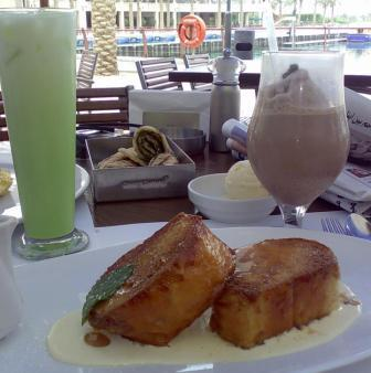 My Pan Perdu (french toast), Iced Mocha, and Butoote's Iced Green Tea Latte