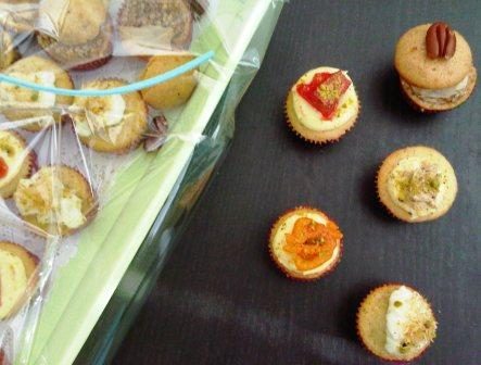 Now it's time to introduce the ramadan special cupcakes :D
